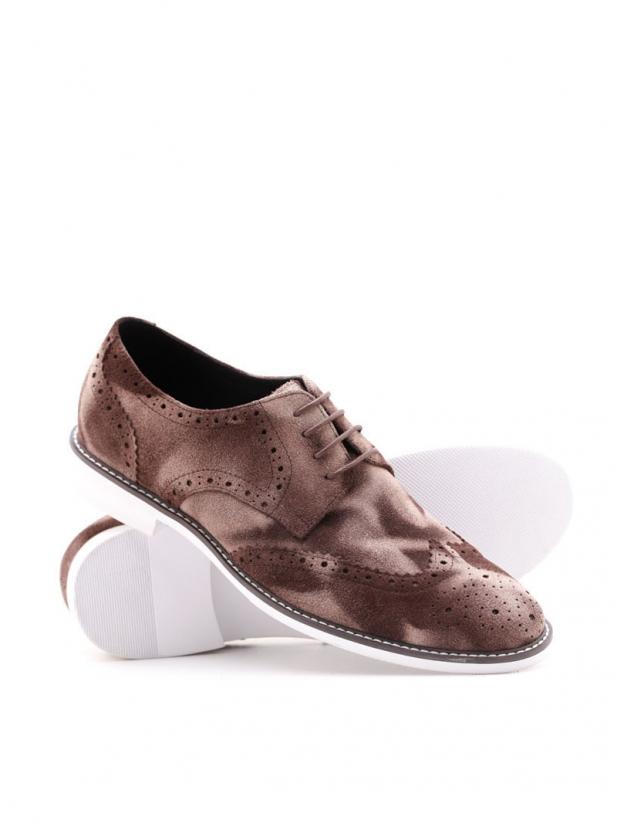 布洛克磨砂皮鞋