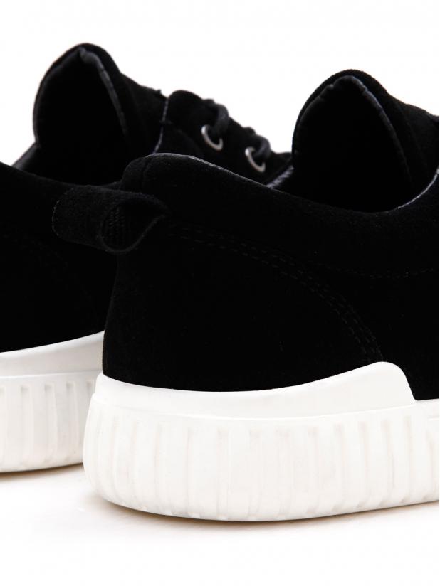 磨砂系休闲鞋