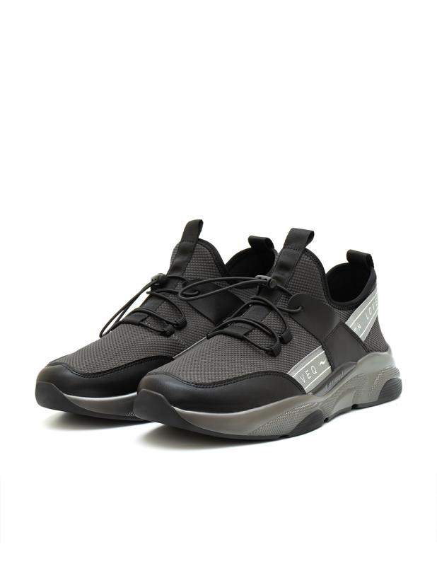 缓震透气运动鞋