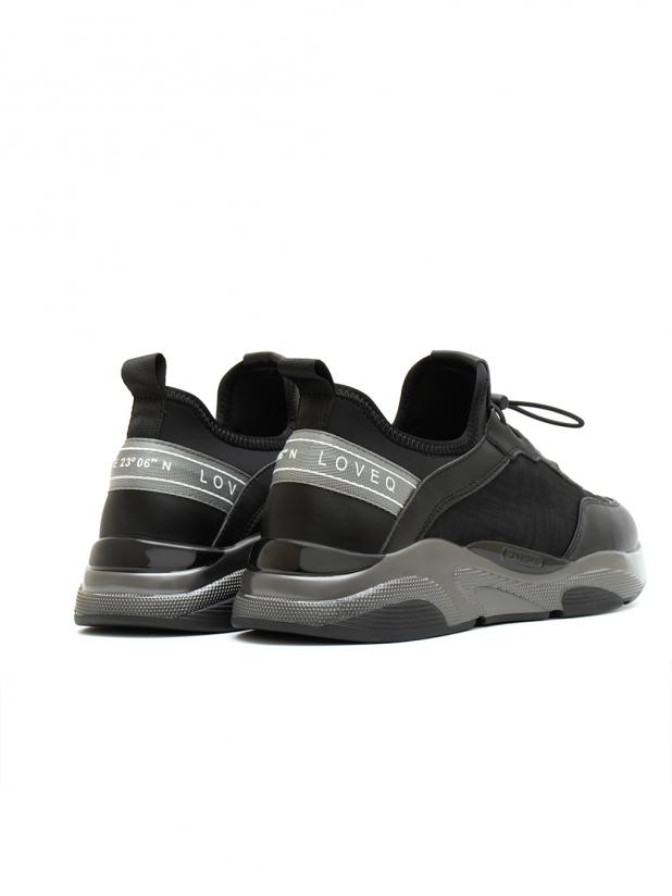 简便透气运动鞋