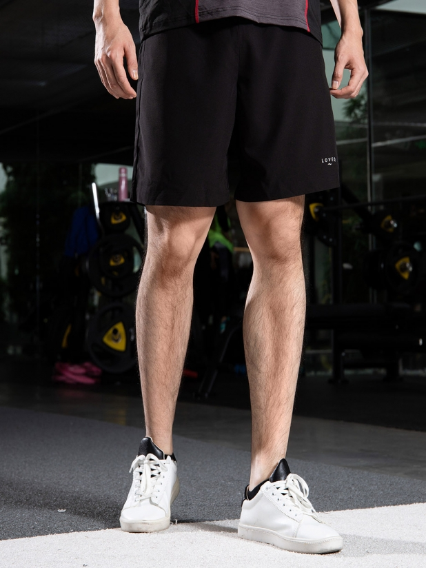 轻感 运动短裤