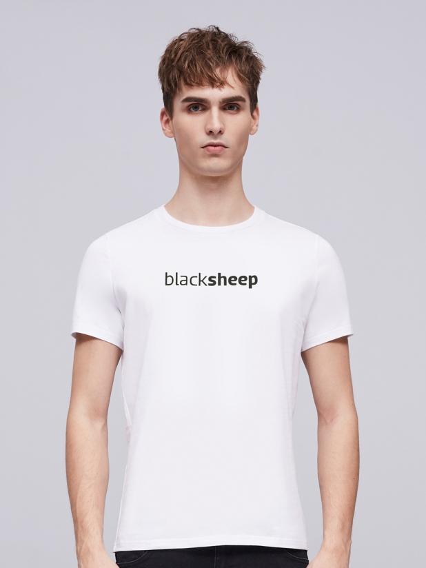 黑羊 白色