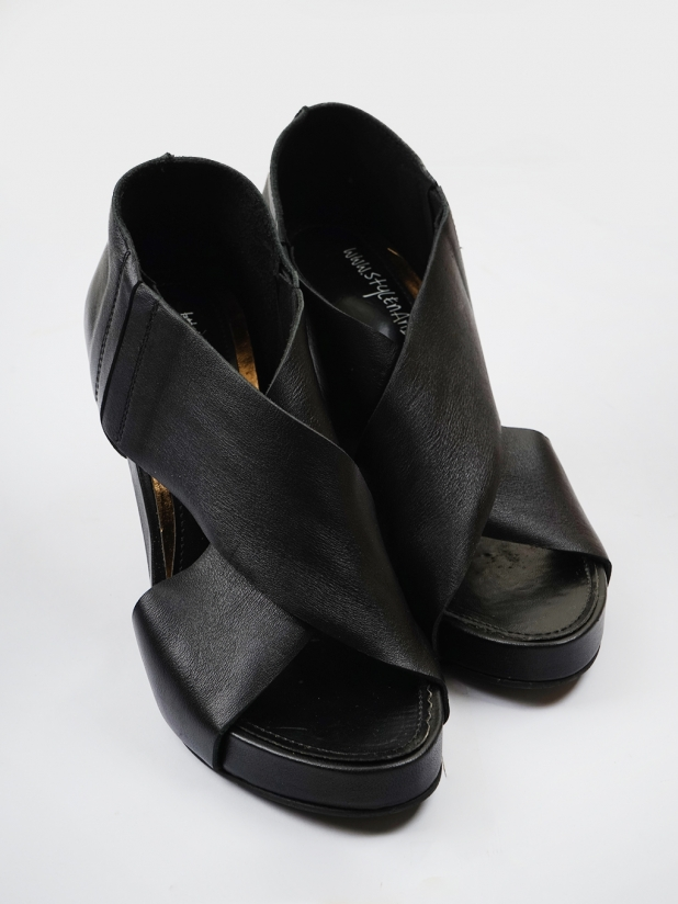 Stylenanda 黑色高跟凉鞋