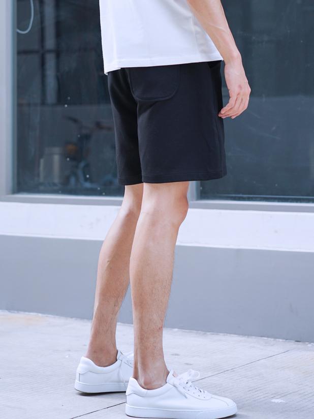 LION 运动休闲短裤 黑色